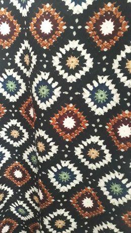 Vestido com padrão de azulejo