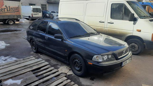 Продам машину Volvo V40