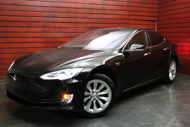 Tesla Model S 75D 2018