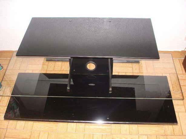 Móvel para TV em vidro preto