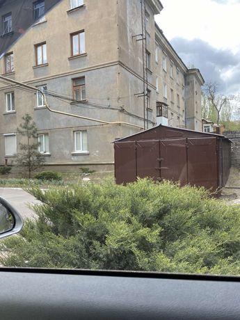 Сдаю гараж в центре города