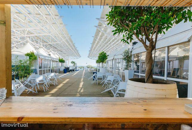 Trespasse Restaurante Oficial da FIL e Skybar