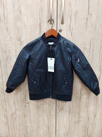 Куртка Zara на 9 років(134 см)