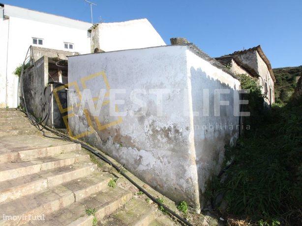 Ruina em Mafra - moradia em ruina T2 para recuperação total