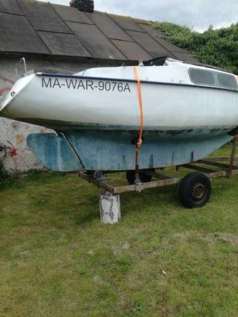 Jacht kabińowy