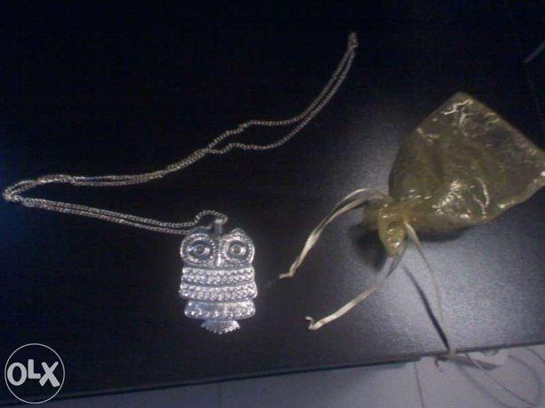 fio/colar comprido XL cor prata c/ pêndulo Mocho-nunca usado