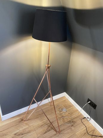 Lampa rose gold
