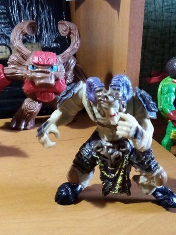 Игрушки монстры и черепашки-ниндзя