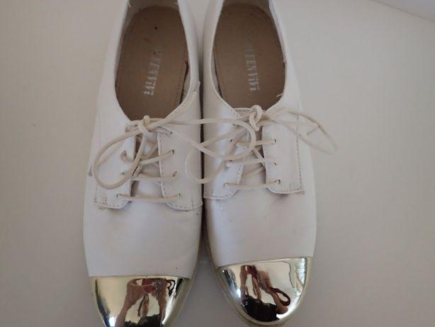 Buty białe, złoty czubek, damskie 39