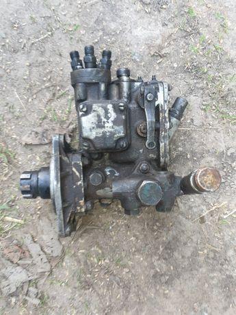 Продам топлівний насос трактор Т40