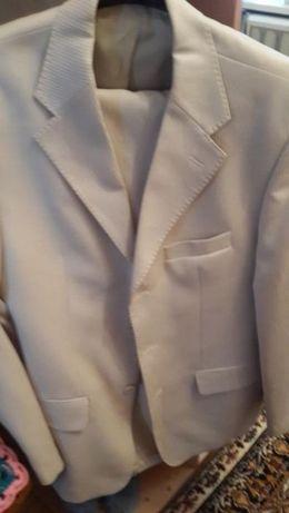 продам костюм мужской на свадьбу или выпускной