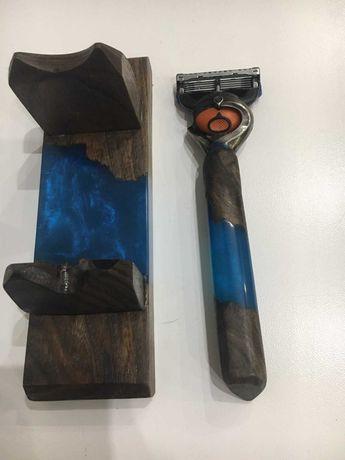 Рукоять для бритвы + подставка. Из эпоксидной смолы и дерева. Gillette