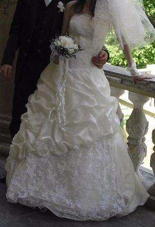 Обалденное свадебное платье плюс подарки возможен прокат