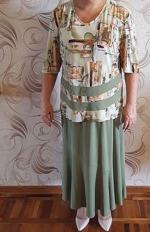 Костюм женский 58 размер