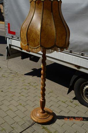 Lampa stojąca ze ślicznym abażurem