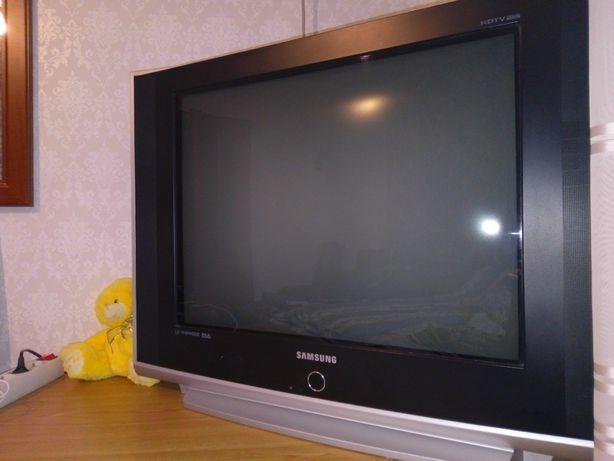 Телевізор Samsung 70см діагональ