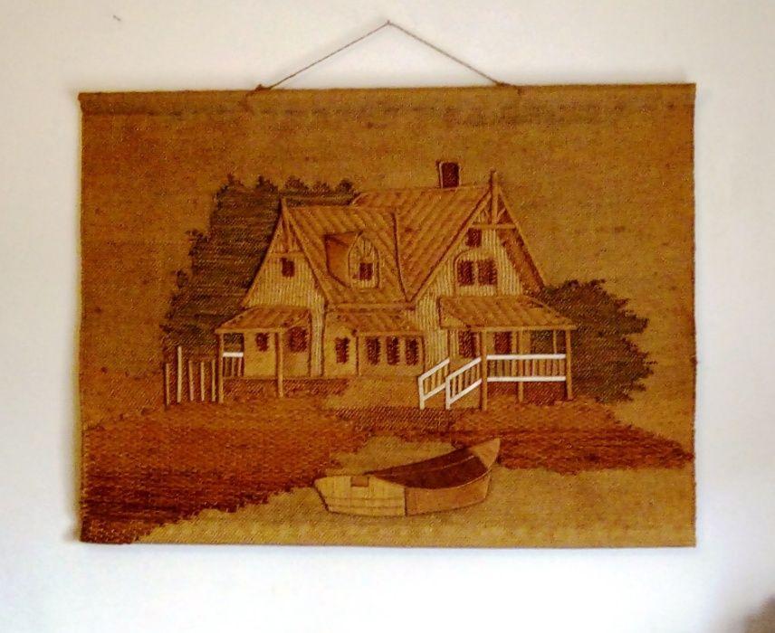 tela quadro em tecelagem tema casa com barco Braga - imagem 1