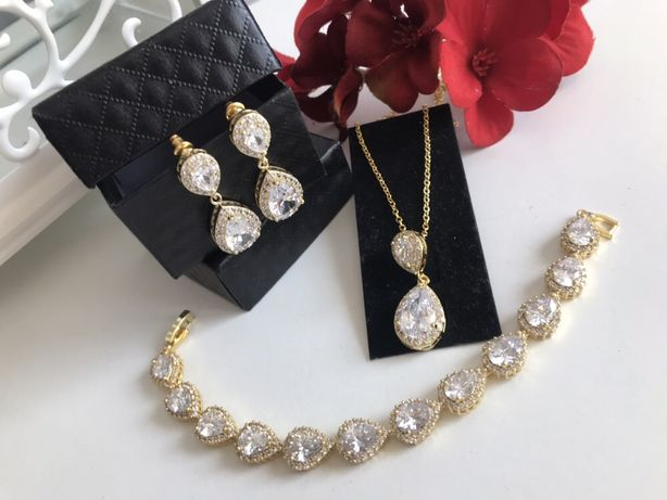 Zestaw biżuterii w kolorze szampanskiego złota