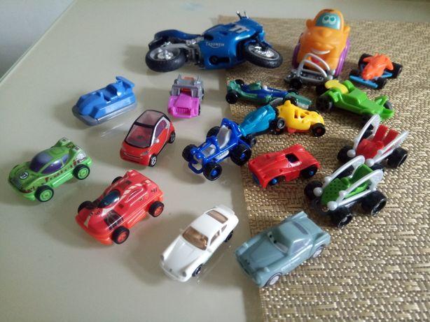 Zestaw samochodzików dla chłopczyka