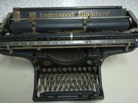 Máquina de escrever Underwood - 1917