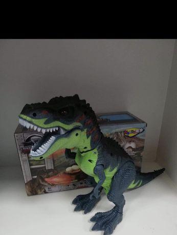 Dinozaur zieje para chodzi ryczy znosi jajo POLECAM