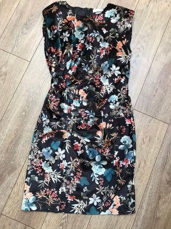 Sukienka Reserved S kwiaty krótka