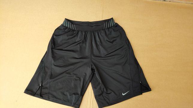 Nike Tech sportowe spodenki rozm L stan bdb