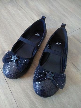 Baleriny H&M czarne brokat r30