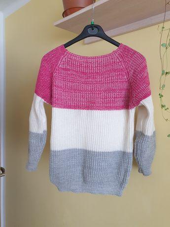 Sweterek  ciepły damski