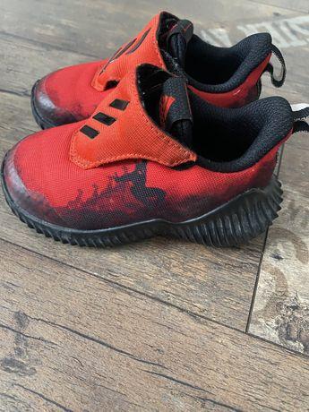 Dziecięce buty sportowe Marvel Adidas, r.22