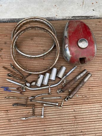 Części Jawa 250 Kivacka 353 zbiornik bagażnik błotnik szklanki lampa