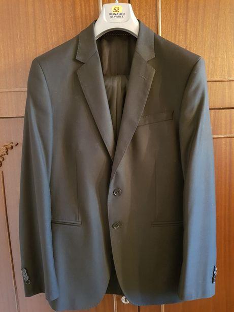 Мужской костюм- брюки и пиджак