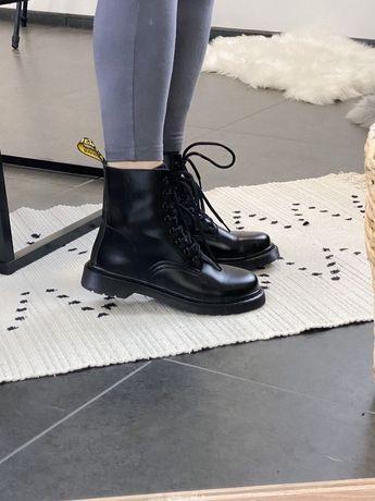 Женские осенние ботинки Ботинки Dr Martens 1460 мартинс черные кожа