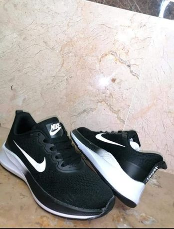 Ténis Nike n. 38