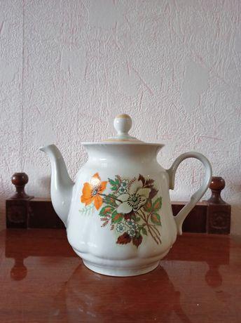 Фарфоровый чайник, заварник 2 л