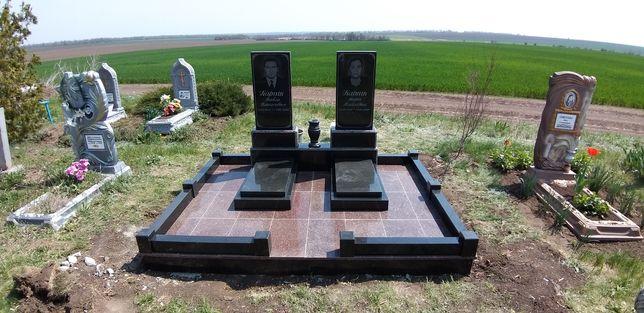 Гранитные Памятники от 3500 тис грн.