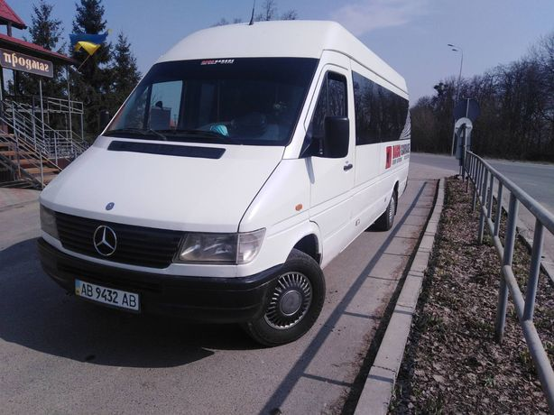 Продам автобус Mercedes Benz Sprinter 312