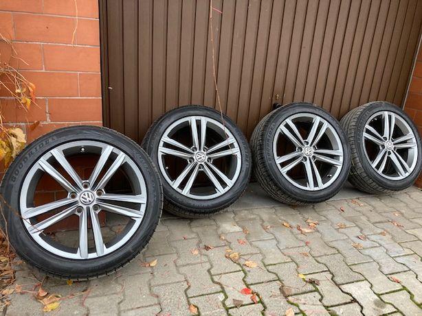 VW Felgi aluminiowe 5X112 Golf VII 5G0.601.025AF