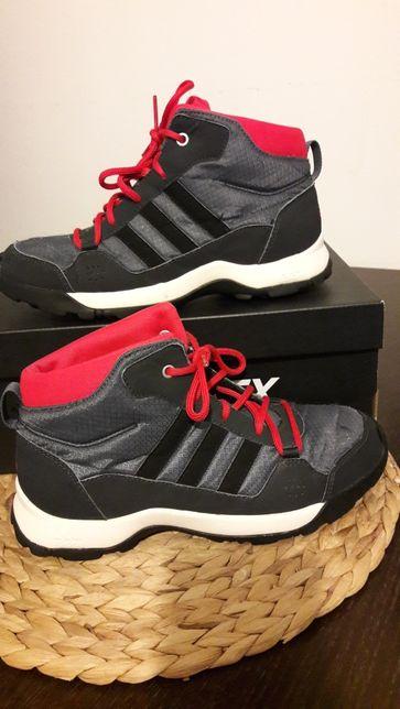 Buty Adidas traxion 36,2/3