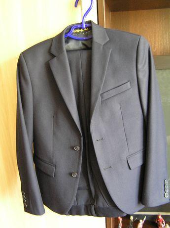 Школьная форма Roberto. Пиджак и брюки. Темно- синего цвета