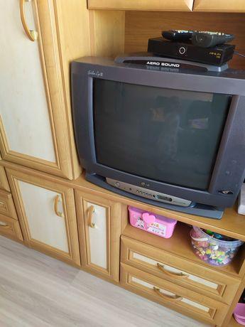 Oddam telewizor lg
