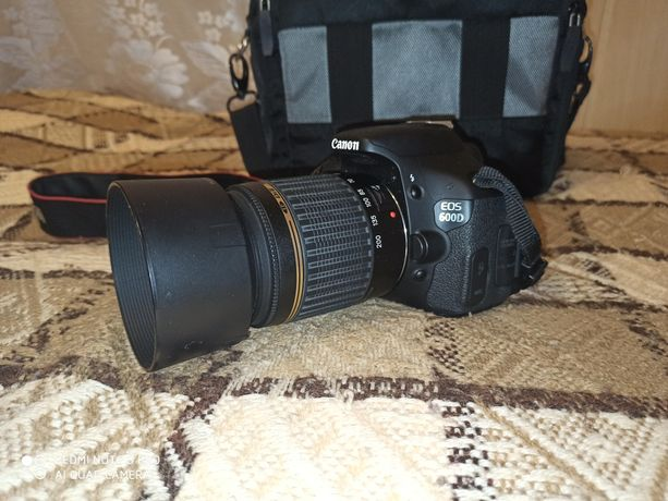 Sprzedam Canon EOS 600D