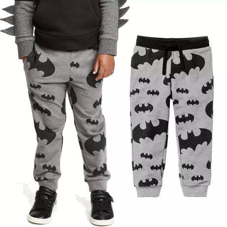 Spodnie dresowe Batman 4 - 6 lat szare