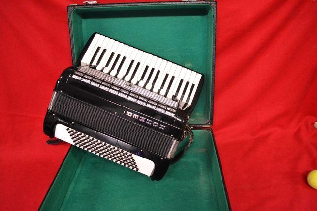 Acordeao Hohner Tango IV P 4 Voz 96 Baixox, N . 175