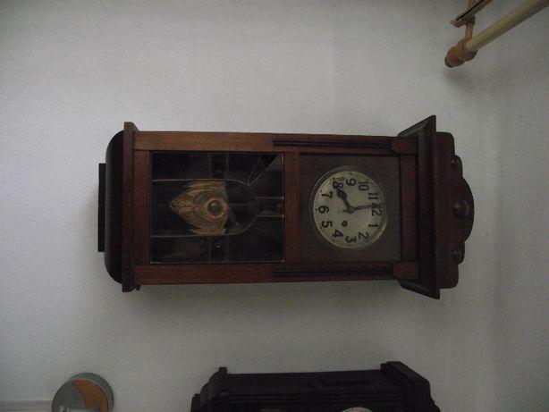 Antyczny zegar Gustaw Becker