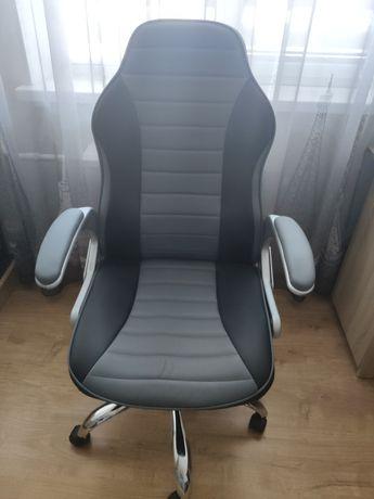 Комп'ютерне крісло nowy styl