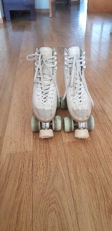 Patins para patinagem artistica