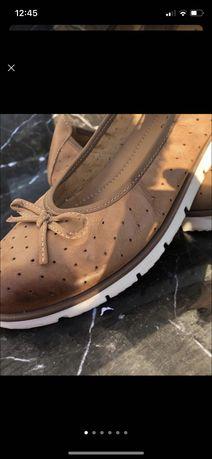 Взуття жіноче 39 розмір