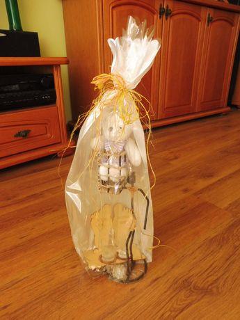Zapakowany prezent- 2 kieliszki + maskotka