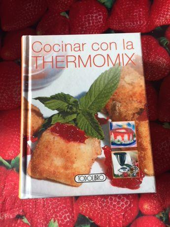 """Livro """"Cocinar com la Thermomix"""" (em espanhol)"""